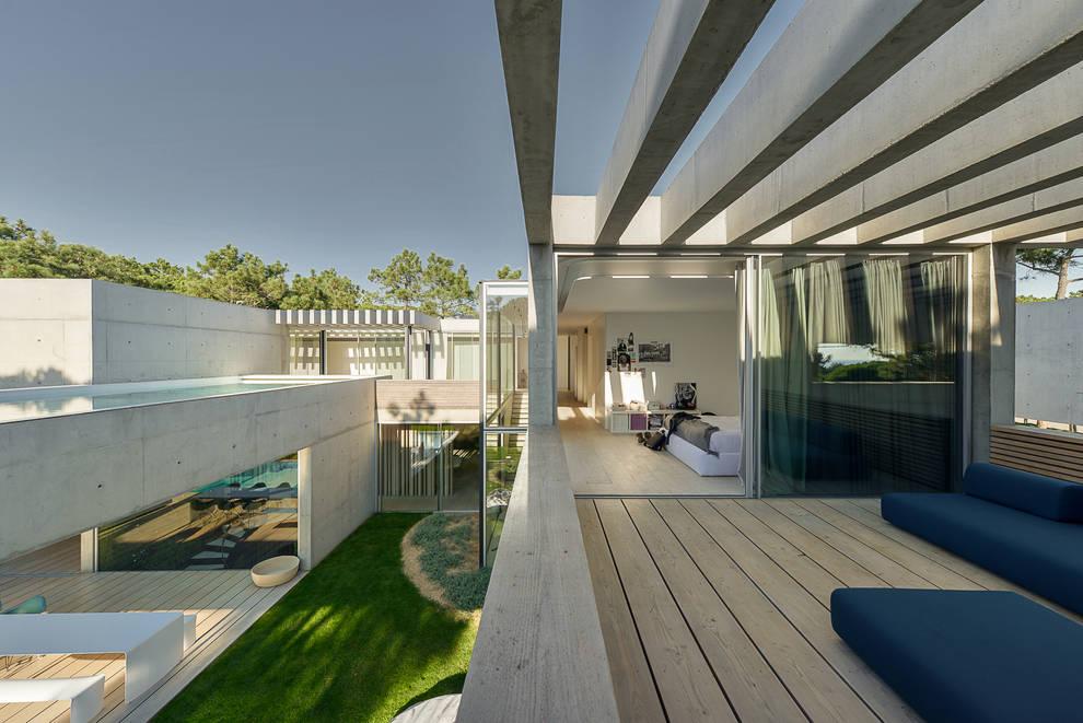 Terrazza in stile  di guedes cruz arquitectos