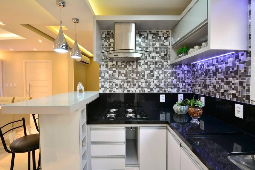 Graça Brenner Arquitetura e Interiores: modern tarz Mutfak