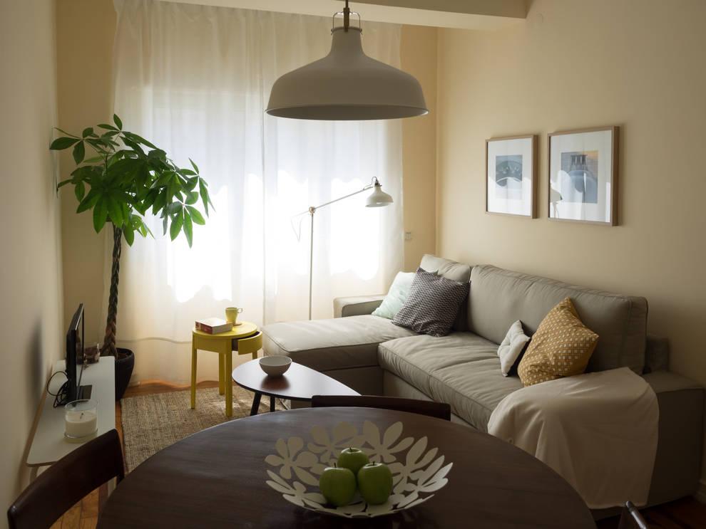 Salas de estar ecléticas por MUDA Home Design