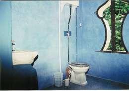 Englische Landvilla: klassische Badezimmer von Wandmalerei & Oberflächenveredelungen