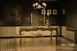 """Wohnung """"New York"""": klassische Wohnzimmer von vanHenry interiors & colours"""