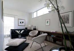 Familienraum: moderne Wohnzimmer von  Design