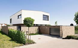 Garage/Rimessa in stile  di [lu:p] Architektur GmbH