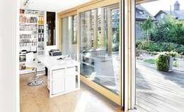 Wohnhaus M: klassische Arbeitszimmer von [lu:p] Architektur GmbH