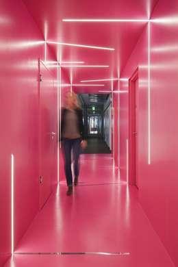 Google Office Düsseldorf:  Bürogebäude von LEPEL & LEPEL Architektur, Innenarchitektur