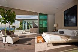 Camera da letto in stile in stile Moderno di Wagner Möbel Manufaktur GmbH & Co. KG