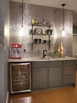 Cozinhas modernas por Debra Carroll Interiors