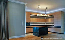 Harvestehuder Weg -  Penthouse: moderne Küche von Andras Koos Architectural Interior Design