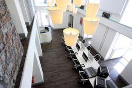 Zentral Massiv:  Geschäftsräume & Stores von Stark Design