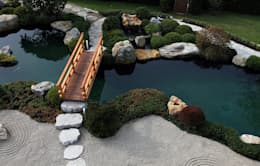 Jardines de estilo asiático por Kirchner Garten + Teich GmbH
