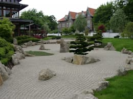 Giardino in stile in stile Asiatico di Kirchner Garten + Teich GmbH