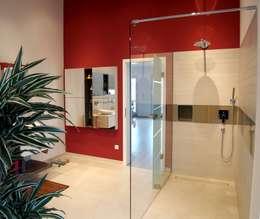 Bagno in stile in stile Moderno di Einrichtungsideen