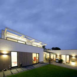 moderne Huizen door kenchiku