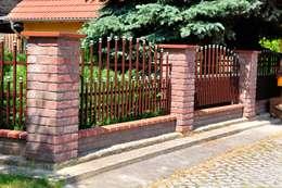 Jardín de estilo  por Triumph-Zaunsysteme