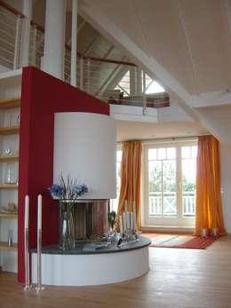 Ferienhaus Nordsee: mediterrane Wohnzimmer von made by S / creativport hamburg