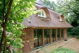 Projekty, nowoczesne Domy zaprojektowane przez Architektur- und Innenarchitekturbüro Bernd Lietzke