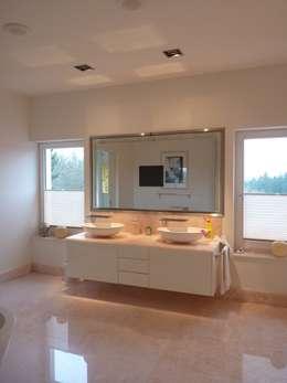 GroBartig Doppelwaschtisch: Badezimmer Von Homify