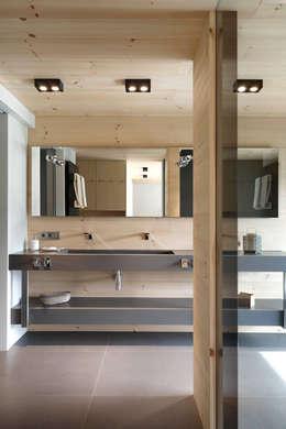 Salle de bains de style  par Coblonal Arquitectura