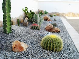 Jardines de estilo mediterráneo por Au dehors Studio. Architettura del Paesaggio
