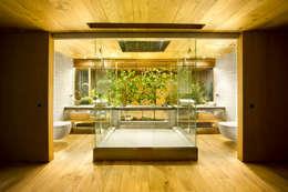Projekty,  Łazienka zaprojektowane przez Egue y Seta