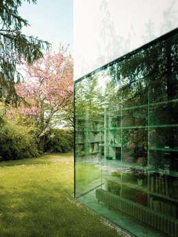 HAUS DR. LEVY-FRÖHLICH, ZOLLIKON - ZÜRICH:  Häuser von PHILIPPE STUEBI ARCHITEKTEN ETH BSA SIA GMBH