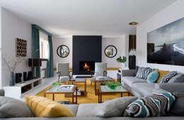 modern Living room by MÁLAMO