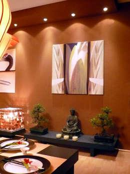 Asiatisches Wohnzimmer: asiatische Esszimmer von Innenarchitektin Claudia Haubrock