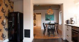 Seehaus: moderne Küche von Heike Gebhard Wohnen