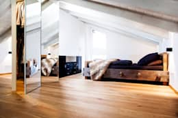 rustieke & brocante Slaapkamer door BESPOKE GmbH // Interior Design & Production