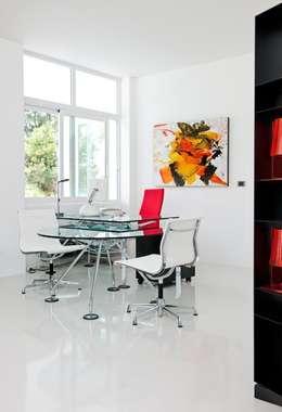 Рабочие кабинеты в . Автор – Bernadó Luxury Houses