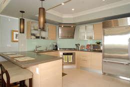 Кухни в . Автор – Lewis & Co