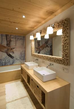 rustic Bathroom by Raumkonzepte Peter Buchberger