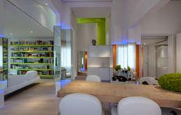 moderne Esszimmer von Simone Micheli Architectural Hero