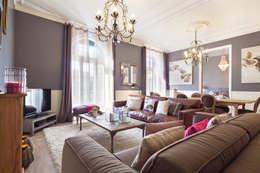 Livings de estilo clásico por Home Deco Decoración
