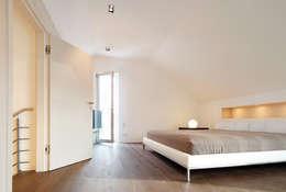 WSM ARCHITEKTEN의  침실