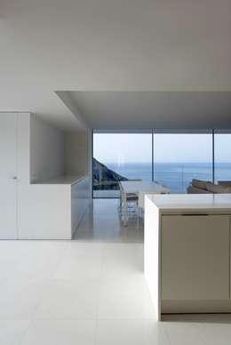 Comedores de estilo minimalista por FRAN SILVESTRE ARQUITECTOS