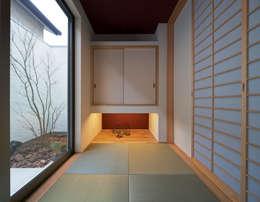 M6-house 「  House of Geometry 」: Architect Show co.,Ltdが手掛けた和室です。