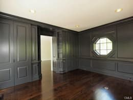 New Canaan, USA: Bureau de style de style Classique par Lichelle Silvestry Interiors