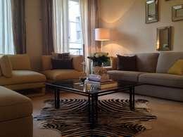 Living room: Salon de style de style Classique par Lichelle Silvestry Interiors