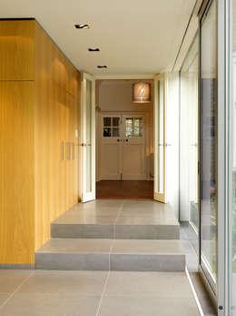 Ingresso & Corridoio in stile  di Gregory Phillips Architects