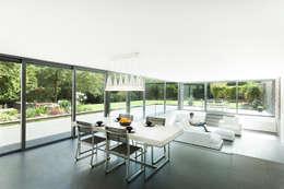 moderne Esszimmer von AR Design Studio