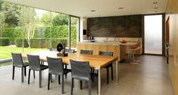 Sala da pranzo in stile in stile Moderno di Gregory Phillips Architects