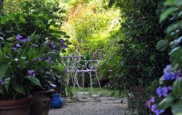 mediterranean Garden by Giardini Giordani