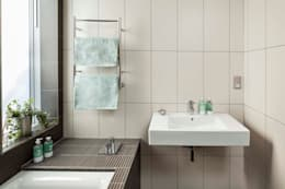 Salle de bains de style  par Designcubed