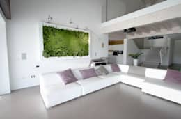 Architettura & Servizi: modern tarz Oturma Odası