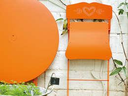 Fermob: moderner Garten von Brandstores - das Markenmöbel Portal