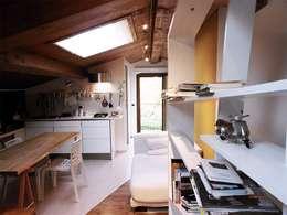 Spazio 14 10 di Stella Passerini: modern tarz Yemek Odası