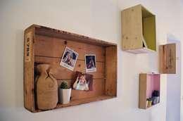 CreativeGLAM :: l'appartamento di Martina e Valerio: Soggiorno in stile in stile Moderno di Spazio 14 10 di Stella Passerini