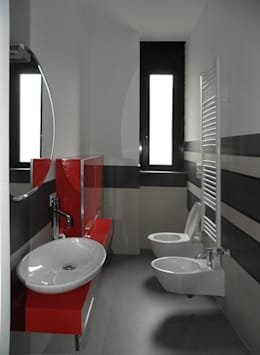 Appartamento_V: Bagno in stile in stile Moderno di LMarchitects
