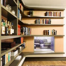 غرفة المعيشة تنفيذ Schreinerei Gürr GmbH